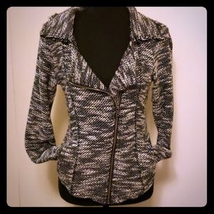 Maurices size Medium fitted jacket blazer